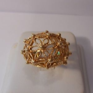 Avon Filigree Dome Flower Gold Tone Ring Size 7